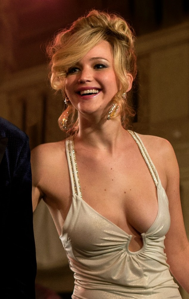 Hollywood Actress Jennifer Lawrence's Phone Hacked! Photos