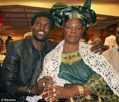 Adebayor-and-mum