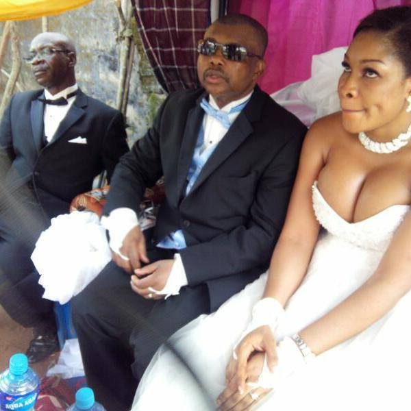 photo of the day nigerian bride unleashes her bbs in