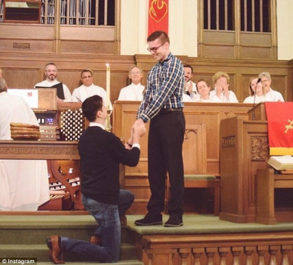 gay-proposes-partner-church