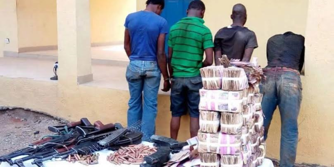 Photos: Update On Osun Bank Robbery: 5 Armed Robbers Killed Four Arrested N7m cash Recovered