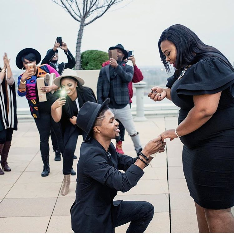 Photos Nigerian Man Proposes To His Chubby Girlfriend In Public