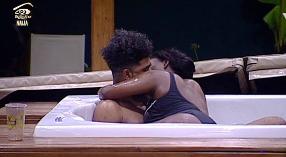Video: #BBNaija Housemate Bisola Gives TTT A Blow-Job